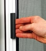 Moskitiera drzwiowa zwijana pozioma